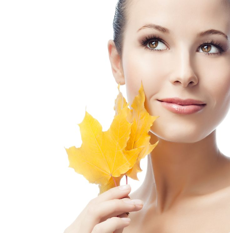 Fall is almost here and as the weather changes and starts getting colder, it is important to update your skin care routine. This transition does not need to be complicated. Here are a few simple st…
