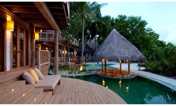 Soneva Fushi Resort | Maledivy