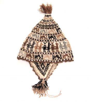Aufwendig gestaltete #Chullo #Mütze aus der Titicaca See Region in #Peru. Die Chullo ist handgestrickt aus natürlicher #Alpakawolle. Durch die elastische Strickweise, Einheitsgröße.