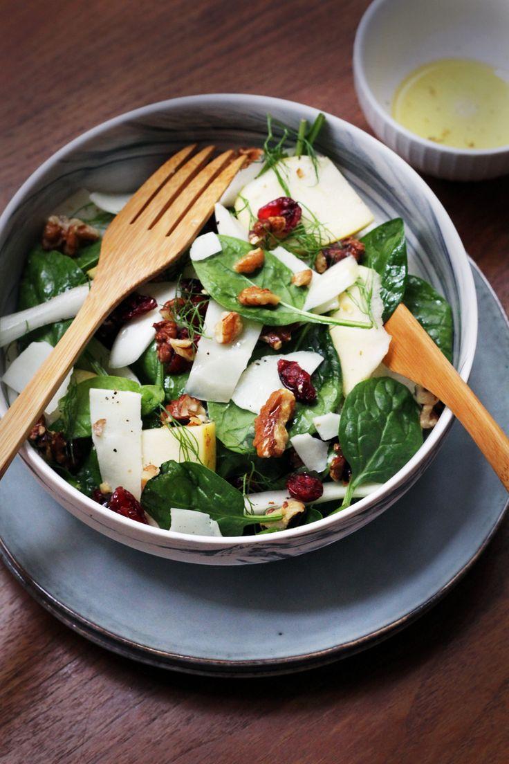 Salade d'automne pommes fenouil, fromage de brebis & fruits secs #recetteautomne #recettelight #recetteveggie