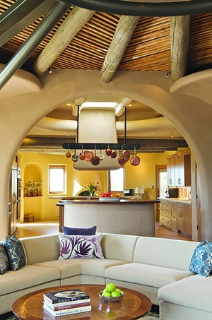 This is the kitchen of that Santa Fe home feature in Su Casa.