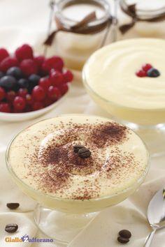 La CREMA AL MASCARPONE è un sublime dessert al cucchiaio, dal gusto delicato e davvero goloso. #ricetta #GialloZafferano: http://ricette.giallozafferano.it/Crema-al-mascarpone.html #italianfood #italianrecipe
