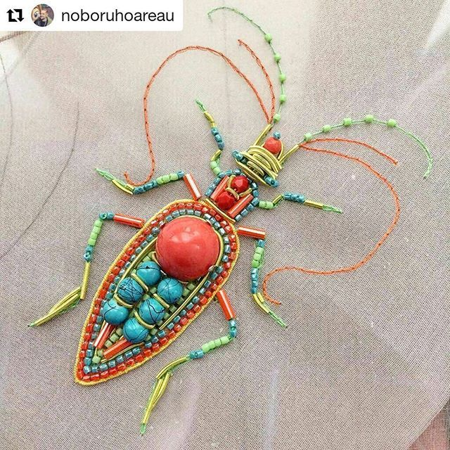 Happy Monday y'all! #regram @noboruhoareau ・・・ Rainbow soldier/Summer mood ...#Paris #Couture #hautecouture #broderie #embroidery #rayonne #pearl #luneville #bug #handmade #spangle #sequins #turquoise #green #strass #fashionembroidery #coral #cabochon #yellow #beads #métiersdart #insects #cannetille #bullion #creativityfound #mrxstitch #bugs #entomology #ABMlifeiscolorful