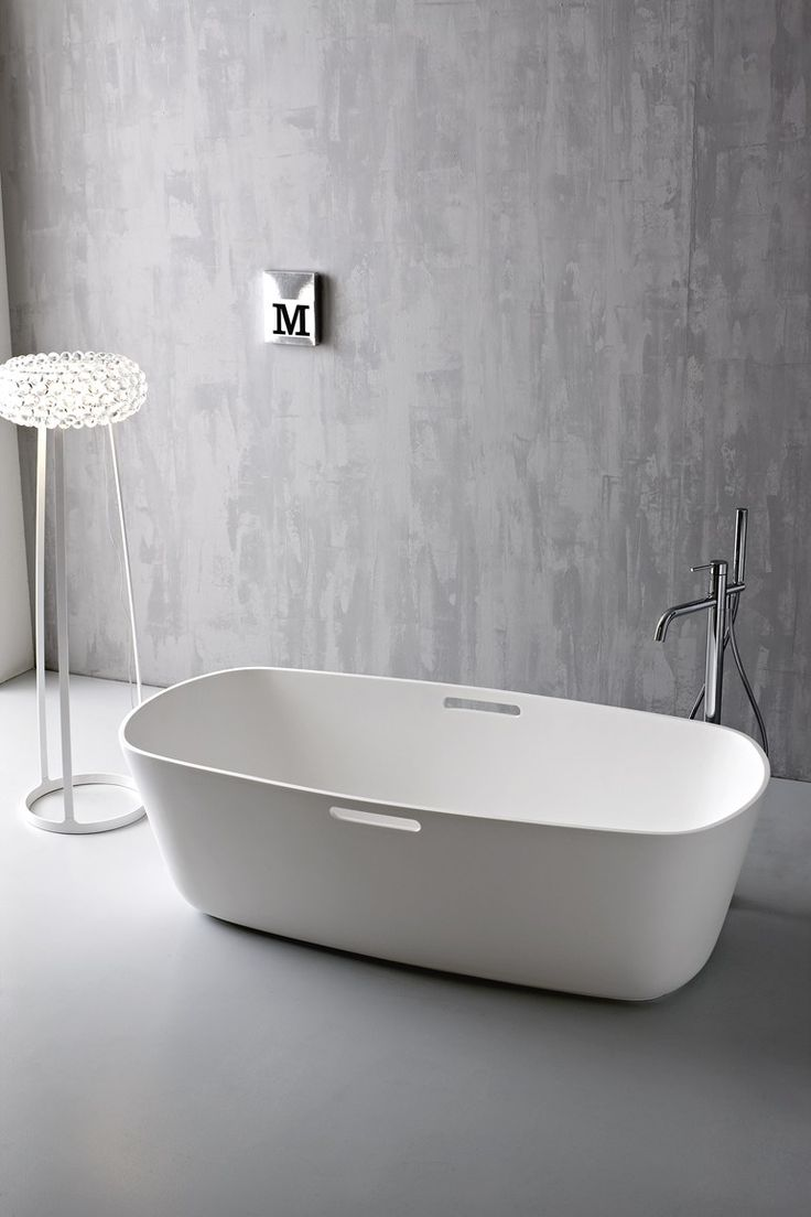 Freestanding Korakril™ #bathtub MASTELL by Rexa Design | #design Imago Design #white #minimal @rexadesign