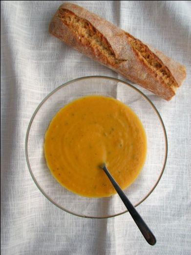 crema-de-zanahoria-y-manzana-caramelizada