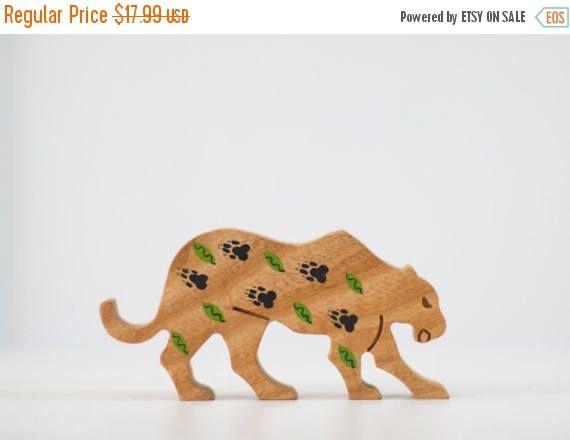 IN vendita 15% OFF Pantera in legno giocattolo legno arredamento animali Ooak Woodland arredamento bambini camera decorazione animale africano Vintage Colorful design legno Le
