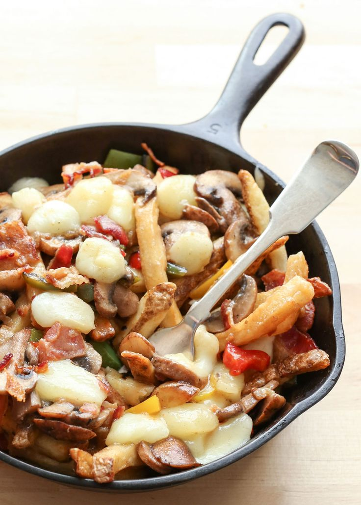 montreal style poutine with bacon peppers mushrooms and onions poutine ...