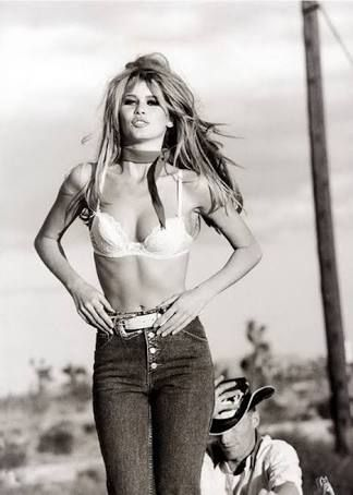 Claudia Schiffer guess by Marciano