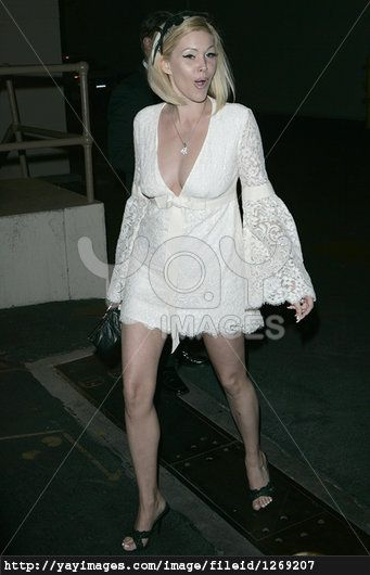 Love this dress (Shanna Moakler)