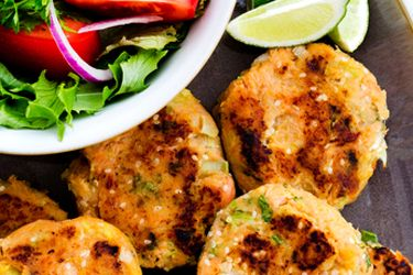 Salmon fish cakes - 200g smoked salmon, 4 spring onions, 2 cups mashed kumaru, 1/4 cup coriander, 1/4 sesame seed, 1/4 cup flour, salt and pepper to taste.  Serves 4 with salad or hot vegetables (E)