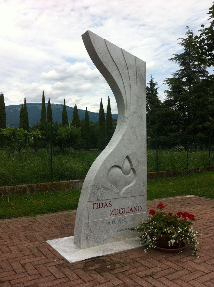 Monumento Fidas realizzato dalla Fornasa Marmi snc www.fornasamarmi.com