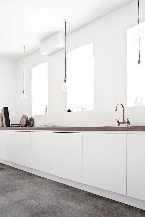82 minimalist kitchen design ideas comfydwellingcom - Galeere Kche Einbauleuchten Platzierung
