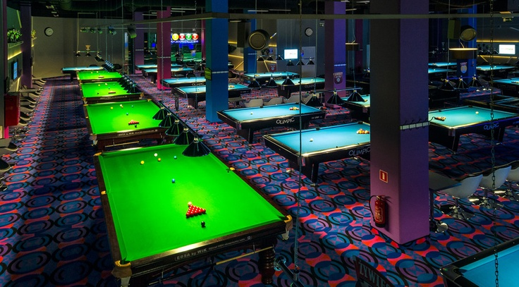 Bandaclub  snooker and pool club in Sky Tower in Wrocaw