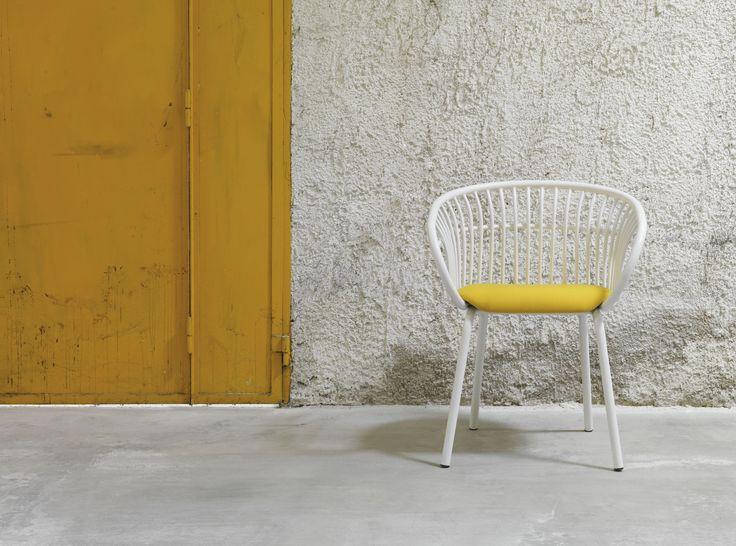 Stem chair/Crassevig - design Patrick Norguet 2010 http://www.crassevig.com/en/product/107/147/Stem-4W