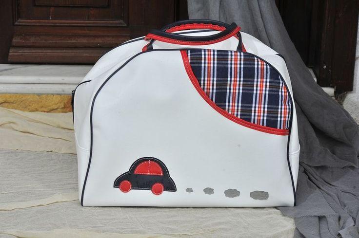 Τσάντα ημικυκλική αυτοκίνητο