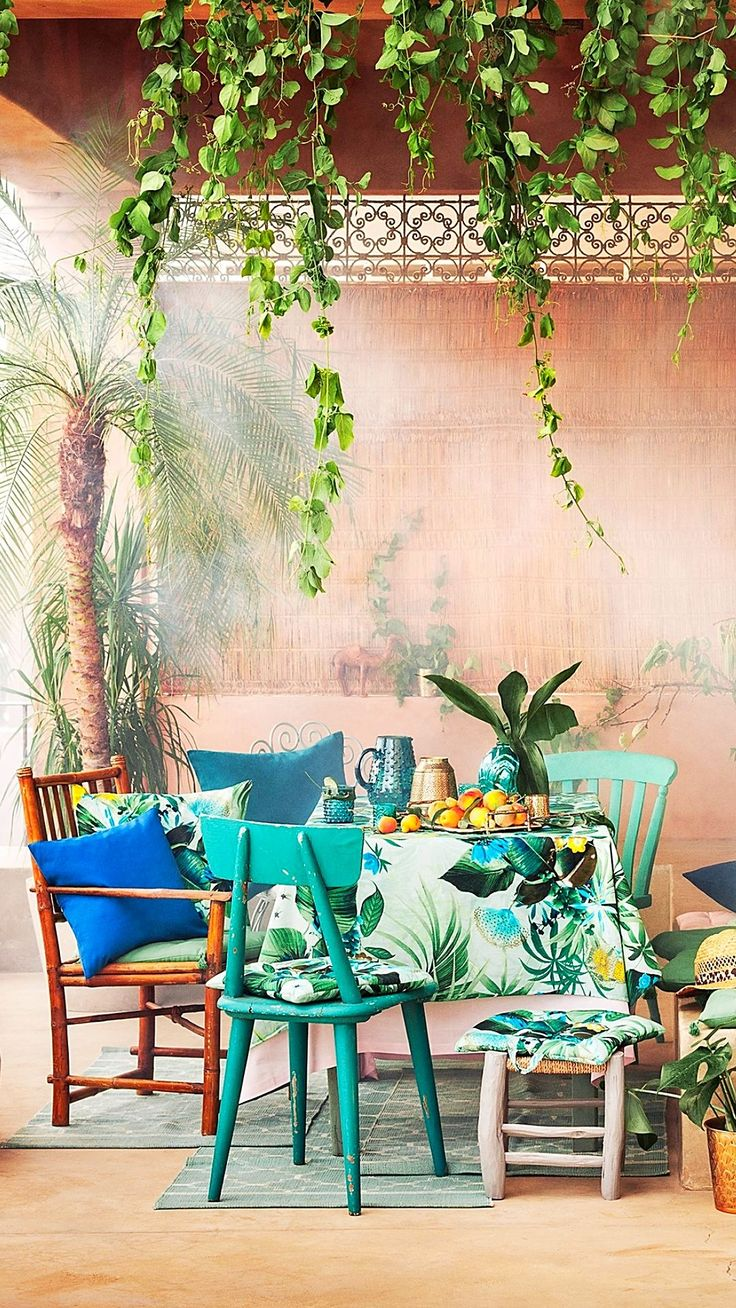 We're always looking for interior decorating hacks, and perusing H&M's home collection could be the biggest one.. See all of their bright, floral, simplistic home decor pieces now
