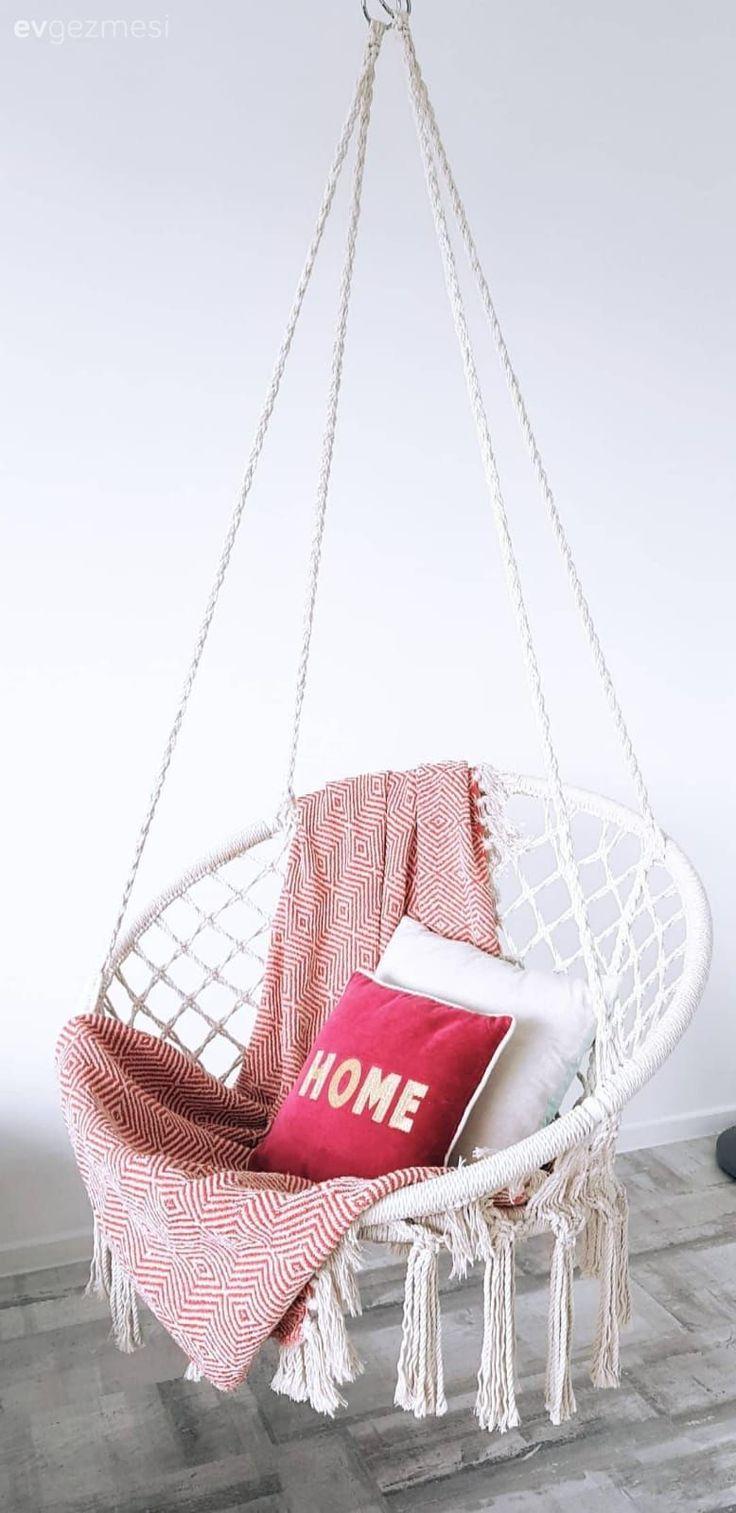 Touches qui ajoutent du plaisir à calmer les couleurs. Maison simple et gaie ..   – Salon dekorasyonu