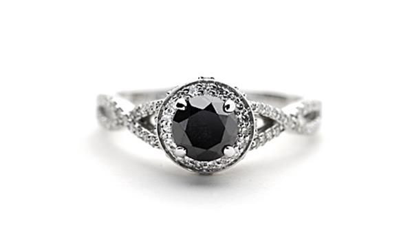 9ct white gold solitaire with black and white diamonds. #BlackDiamond http://www.sterns.co.za