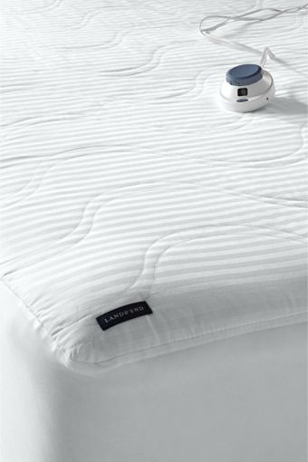 heated mattress pad i have this it also gets as cold as 42