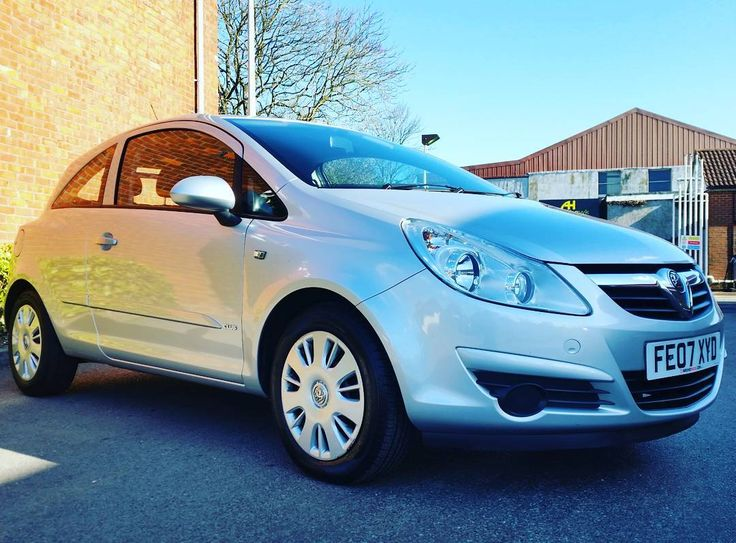 Vauxhall Corsa Club - 07 Plate - 3 door  Price - £2695 - Contact us on 01264 345600