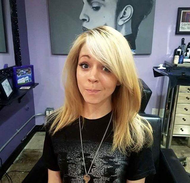 "115 Synes godt om, 3 kommentarer – Vio'Lindsey Stirling'ite! (@stirlingite.violindsey) på Instagram: ""My beauty... ❤️ She looks so beautiful. Love this new hair style. ❤️"""