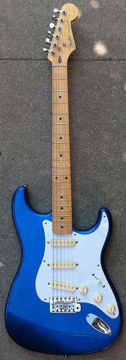 1988 fender stratocaster japan lake placid blue guitar guitars pinterest lakes blue and. Black Bedroom Furniture Sets. Home Design Ideas