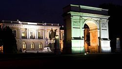 Royal School of Military Engineering - Wikipedia, the free encyclopedia