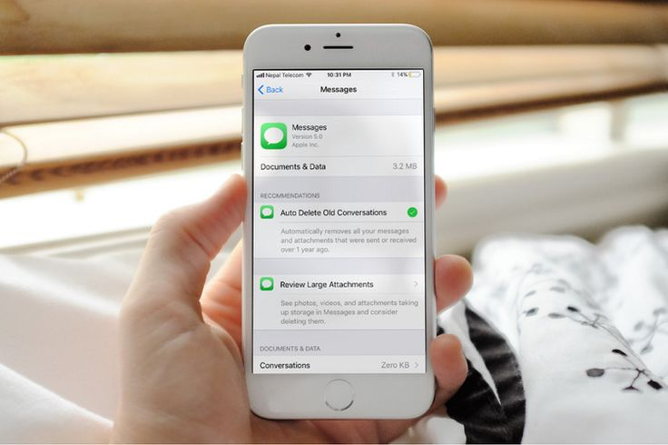 How to auto delete old imessage conversations or