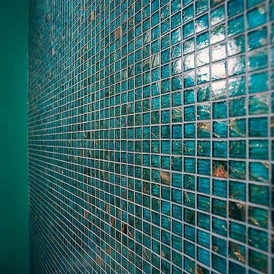 Teal bathroom tiles - peacock color!! Gorgeous!
