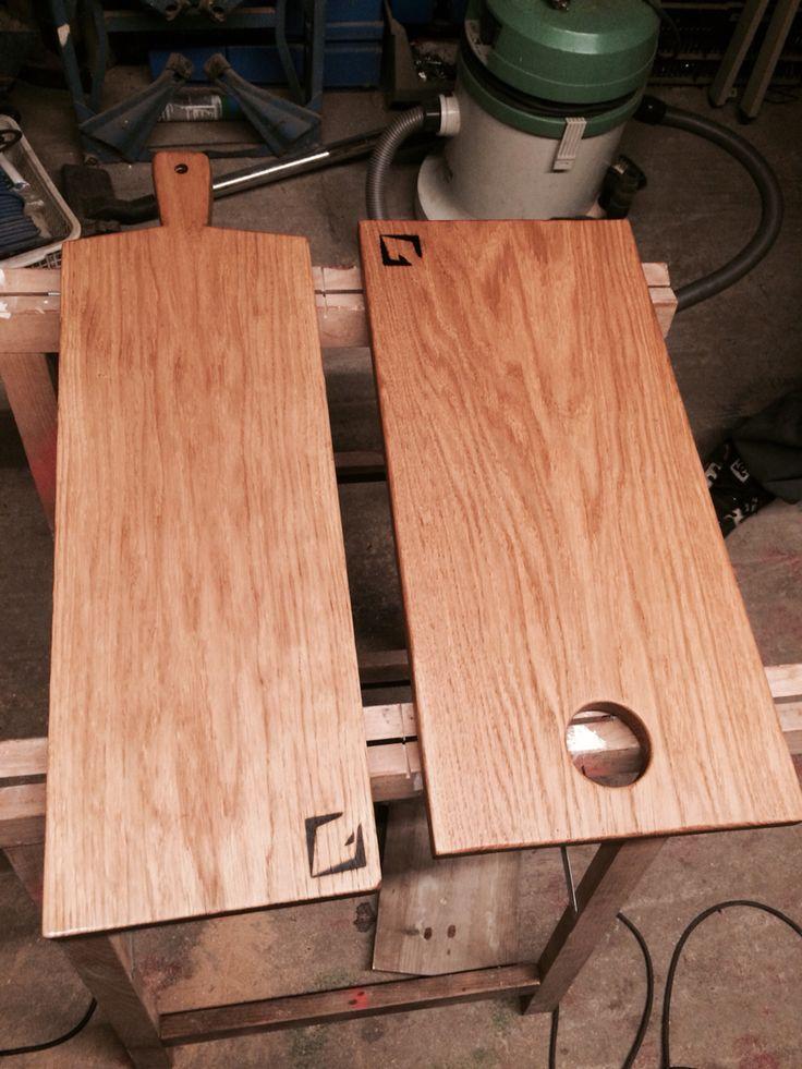 Oak cutting board.