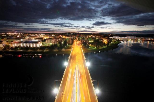 Jätkänkynttilä Bridge in the city of Rovaniemi, FInnish Lapland. Photo by Arttu Nieminen. #filmlapland #finlandlapland #arcticshooting