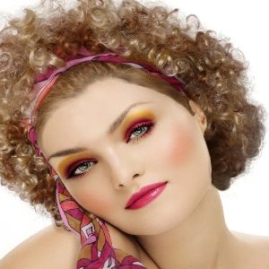 Hair and make up are totally in 1970s: wide bohemian hair, hair scaft, and deep color lips.  Yellow!  Never again.