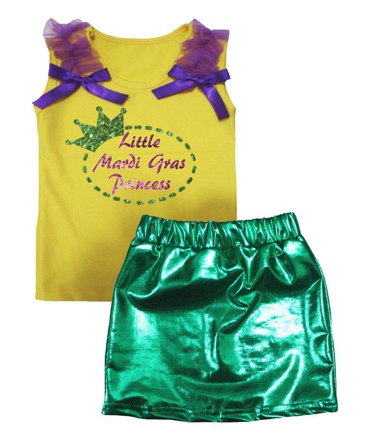 Petitebella Little Mardi Gras Princess Yellow Shirt Green Bling Skirt Set 1-8y (1-2 Years). product includes: a shirt, a skirt. cotton shirt. lightweight skirt. adjustable waistband. outfit in little Mardi Gras princess design.
