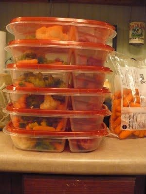 Freezer meals for one // weeks meal plan in divided containers