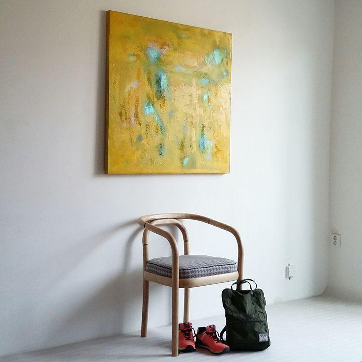 YELLOW ENERGY ..abstraktní obraz, který úžasně doplní a rozzáří Váš interier... ...olej na plátně na blind rámu......nemusíte rámovat...... Malba na 3D plátno 100X100 bavlna.Hloubka plátna 3,8 cm. Malba ve vrstvách kvalitními olejovými barvami značek Pébéo,UMTON,Classico,Fragonard. 3D efekty,acryl pasta,acryl metalický odstín modré. Zakončeno závěrečným Damarovým...
