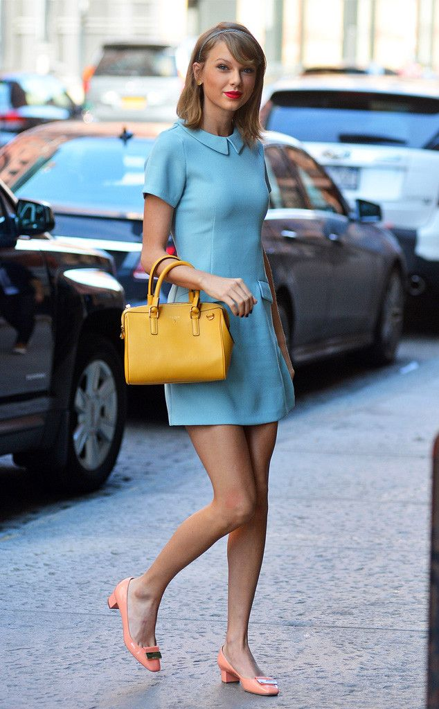 Another day, another amazing street style from Taylor Swift.