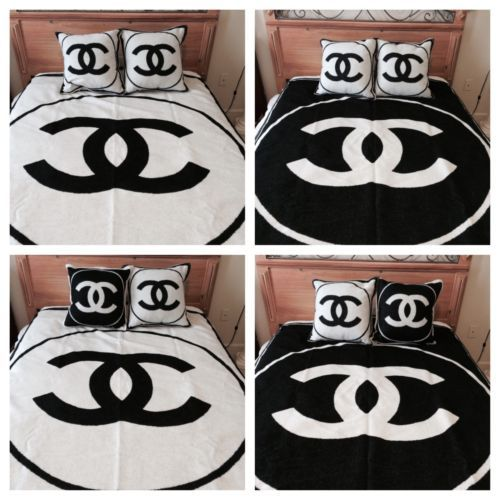 Nwt 100 Authentic Chanel Black White Cashmere Blanket