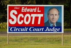 Why Use Full Color Graphics or Photos on YOUR Political Campaign Signs?