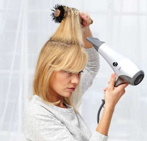 blow drying hair styles master class your hair like a pro hair and 8890 | d63b35123ec3791e26215c9f9e002640 medium to short hairstyles blow drying tips