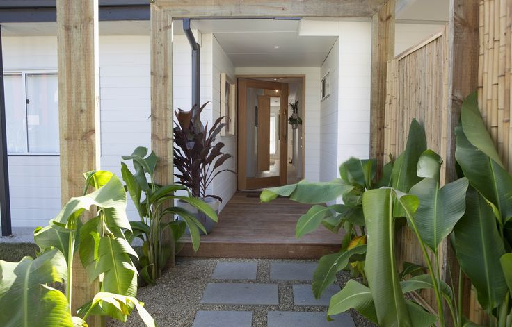 House Rules 2017: QLD garden reveal