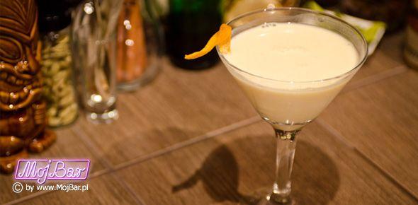 CREAMSICLE Lizak śmietankowo-pomarańczowy:  wódka czysta - 20ml, cointreau - 20ml, śmietanka - 20ml, pomarańczowy sok - 20ml  Przepisy na drinki znajdziesz na: http://mojbar.pl/przepisy.htm