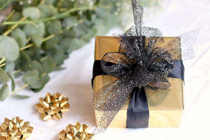 christmas gift wrapping - 2