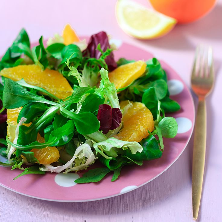 Voilà un festival de #saveurs et de #couleurs avec ce méli-mélo de #fenouil et #agrumes. On associe le mélange 4 saveurs gourmandes Bonduelle au bon goût de l'orange. Laissez-vous tenter par cette recette de méli mélo de fenouil et agrumes! #SurprenezVous Retrouvez la recette ici >>> http://www.bonduelle.fr/recettes/meli-melo-de-fenouil-et-agrumes