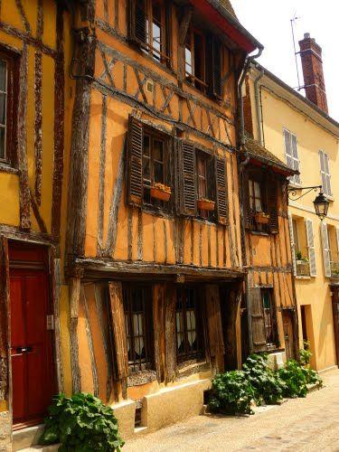 Vernon - The city - Eure dept. - Haute-Normandy region, France ..www.map-france.com