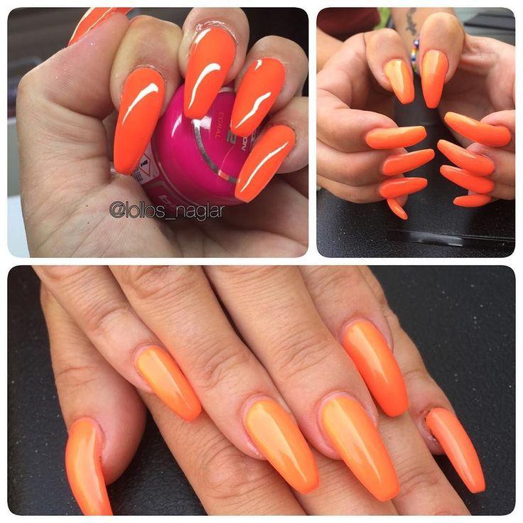 Neon coral. Underbar färg! . . . #nailporn #nailtech #gelnails #gelenaglar #nagelförlängning #glitternails #naglar #nailswag #vackranaglar #nailstagram #laquenailbar #nails #scra2ch #hudabeauty #gliter #nailart #coffinnails #melformakeup #vegas_nay #nsi #nailpromote #longnails #nailartgallery #stiletto #branco #notd #theglamourhouse #nailsonfleek #nailsmagazine by lollos_naglar