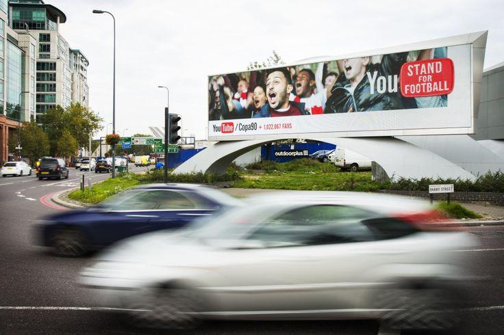 Dall'online all' #OutOfHome: per tutto il mese di novembre, #Google testa #DoubleClick sugli schermi stradali del Regno Unito. Leggi di più qui!