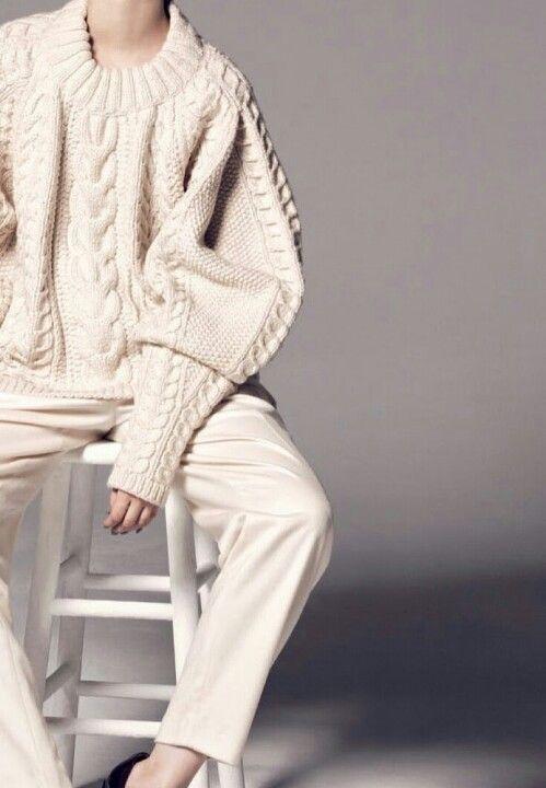 Das nenn ich mal 'grobgestrickt' - unfassbar schöner, kuscheliger Oversize Pullover! | http://www.my-dailycouture.com/