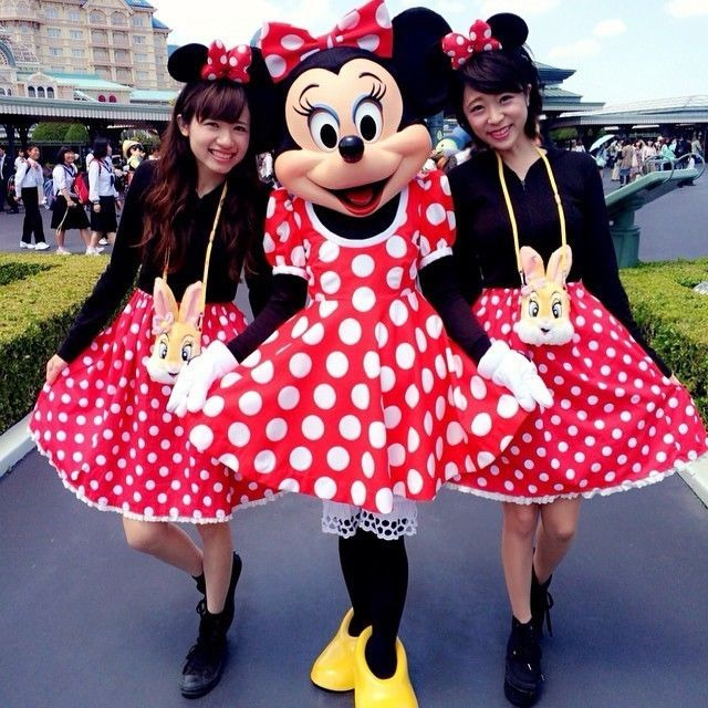 ラブリーなミニーちゃん達♡ ディズニーのお揃いかわいいファッション スタイル 参考コーデ♪