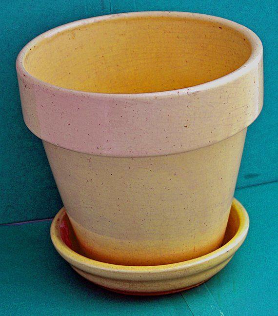 Vintage Yellow Ware Pot Planter W Drain Hole Separate Saucer 6 1 4 T X 6 5 8 Di Top X 4 Di Base Saucer Is 5 6 8 Di Great Vintage Planter Pots Vintage Yellow Saucer