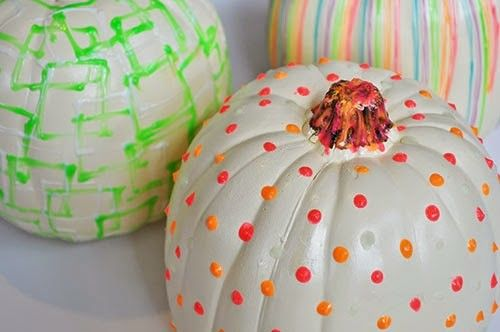 DIY-Glow In The Dark Pumpkins-Homesthetics (7)